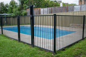 4 Reasons Glass Balustrade Installation around Pool is a Win-Win for Homeowners