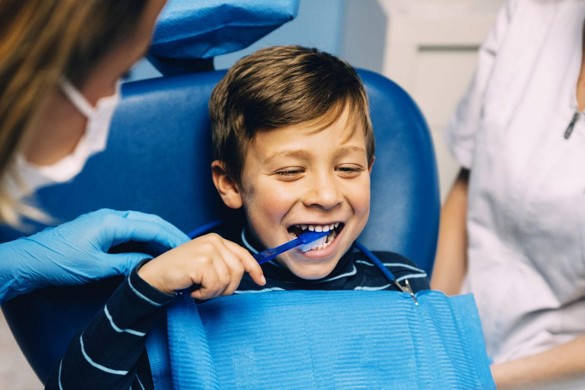 Things You Must Know About Dental Rubber Bands and Braces