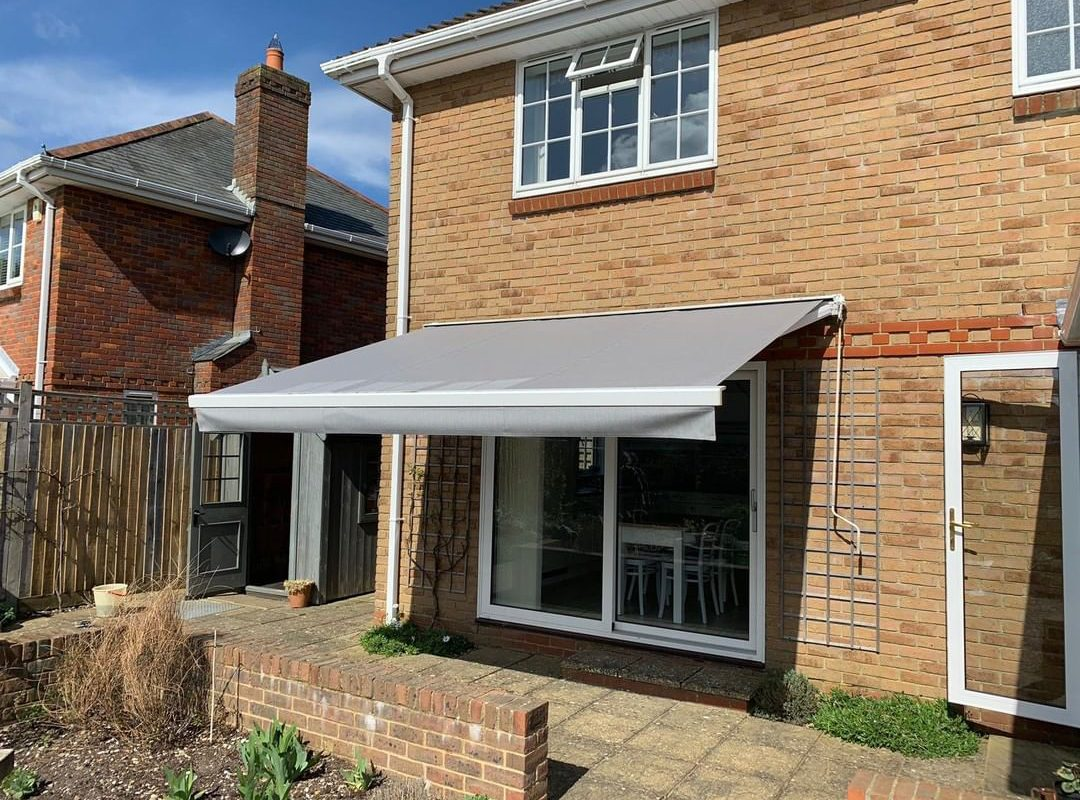 Different Types of Awnings to Know Before Taking an Installation Project!