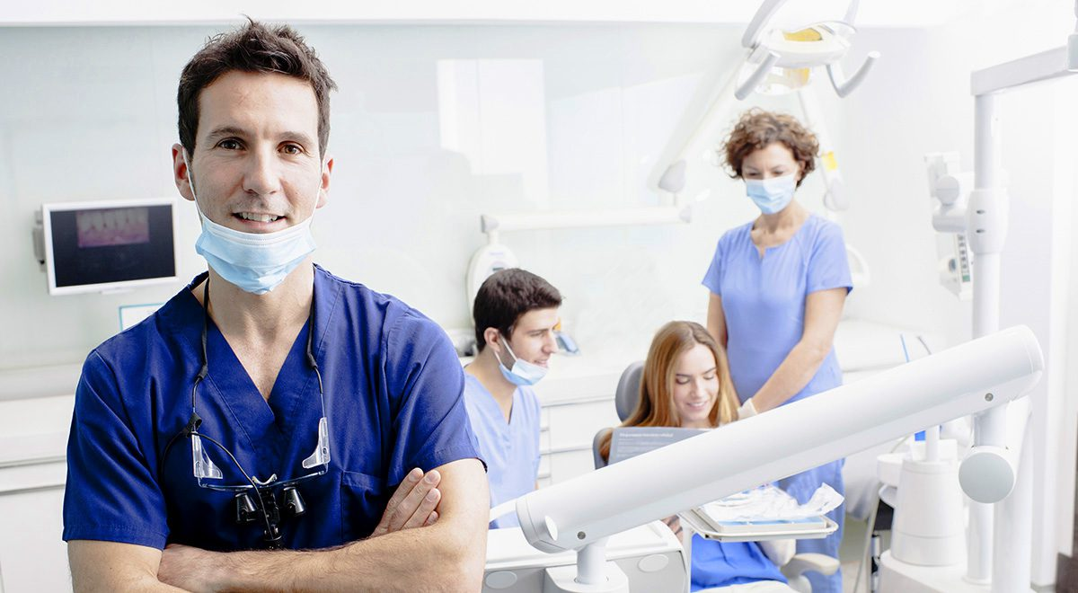 Get Help With Your Teeth Problem From Sydney CBD Dentist.