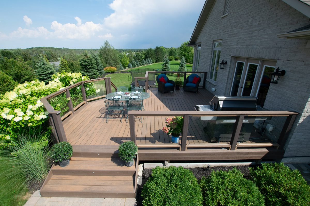 Things To Remember While Hiring Decking Contractor!