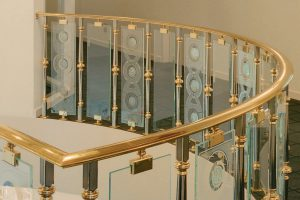How to ensure that the brass balustrades are best in the safety concerns