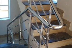 Top 6 Things To Consider To Select Quality Hand Rails