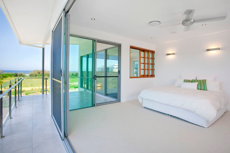 Top 6 Reasons why One should opt for Aluminium Sliding Doors and Windows at Home