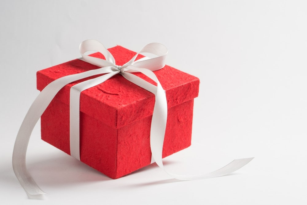Custom Gift Boxes can Elevate your Brand in a Competitive Market