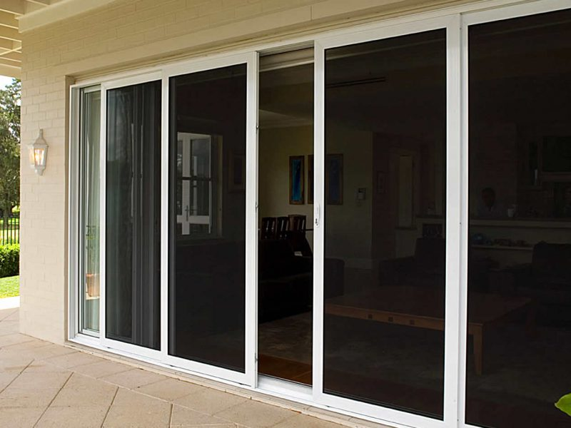 Top 6 Reasons You Need Screen Door Installed At Once