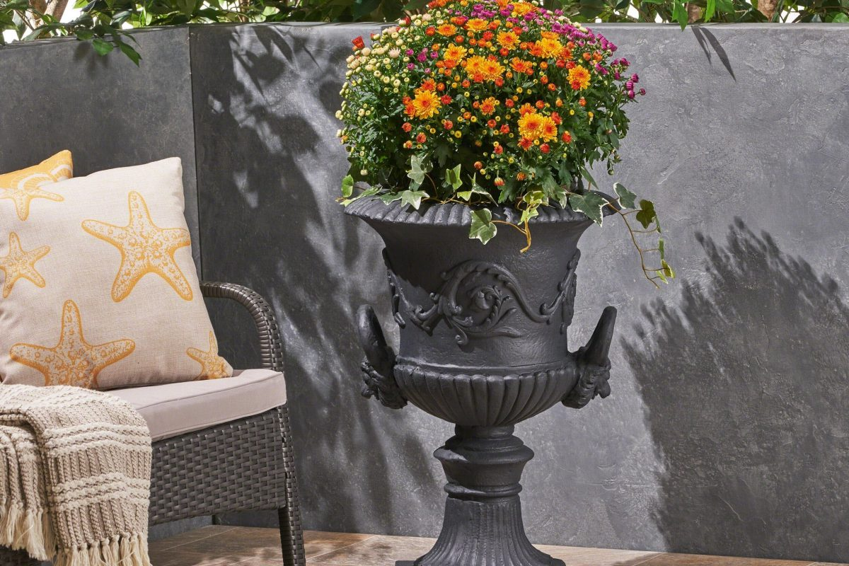 Quick Tips For Garden Urn Planters