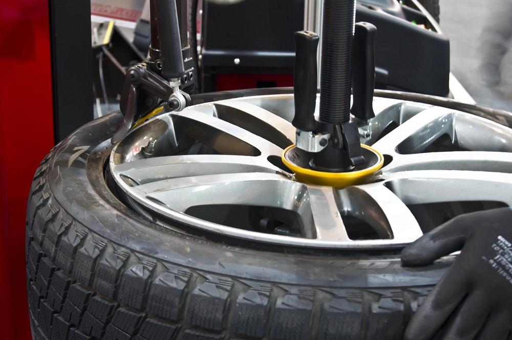 Bridgestone truck tyres check