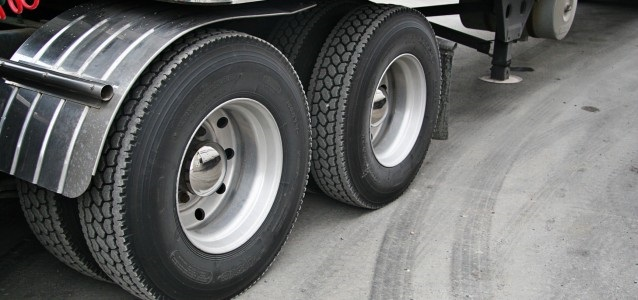 Quick Tips to Get the Truck Tyres Checked