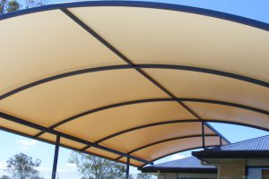 How to Buy Commercial Shade Sails For Your Projects?