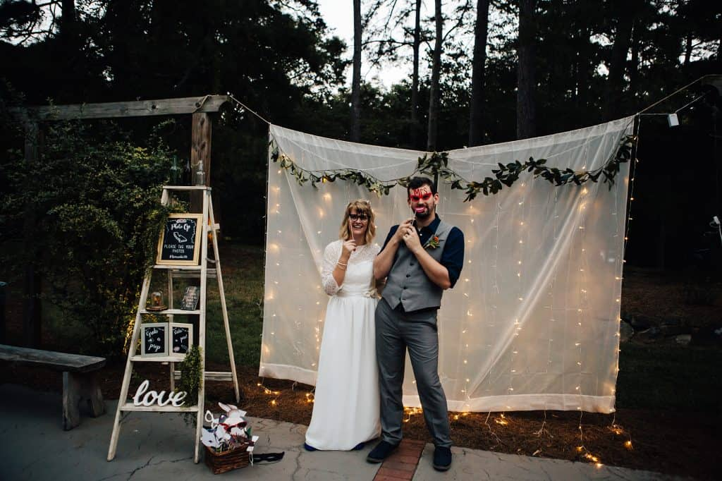 Specialize Wedding Photo Booths to Enhance Parties and Events to The Next Level