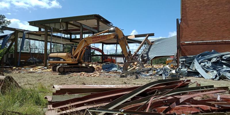 What Are The Benefits Of Hiring A Commercial Demolition Company?