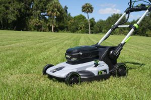 List of factors to consider when buying battery powered lawn mower