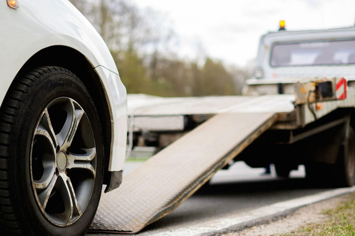 Values That You Get With 24 Hour Towing Servicing Companies