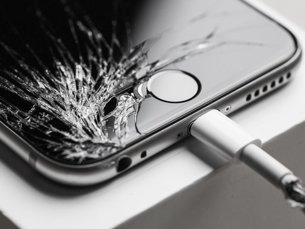 iPhone screen repair Toongabbie