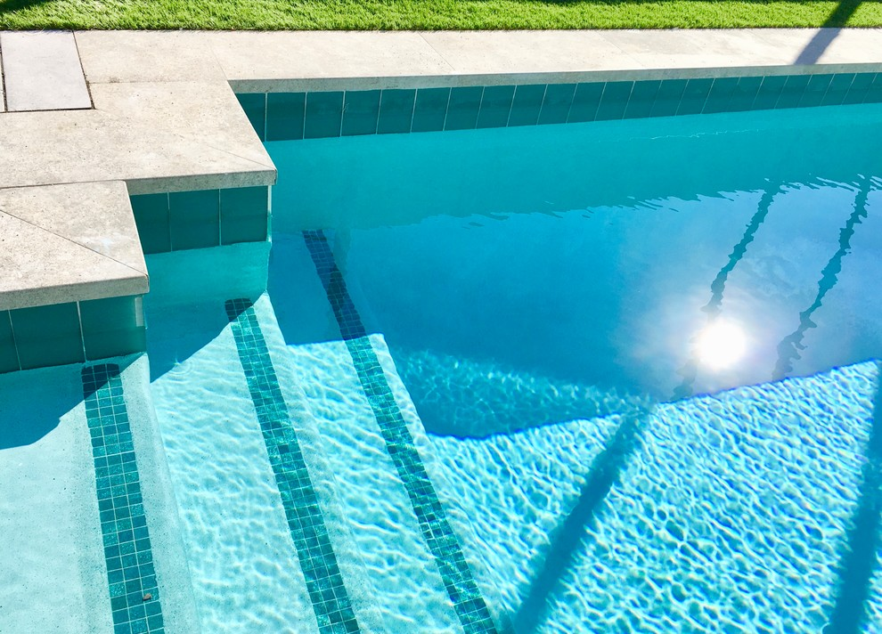 A Comprehensive Outlook Over Pool Coping Tiles: