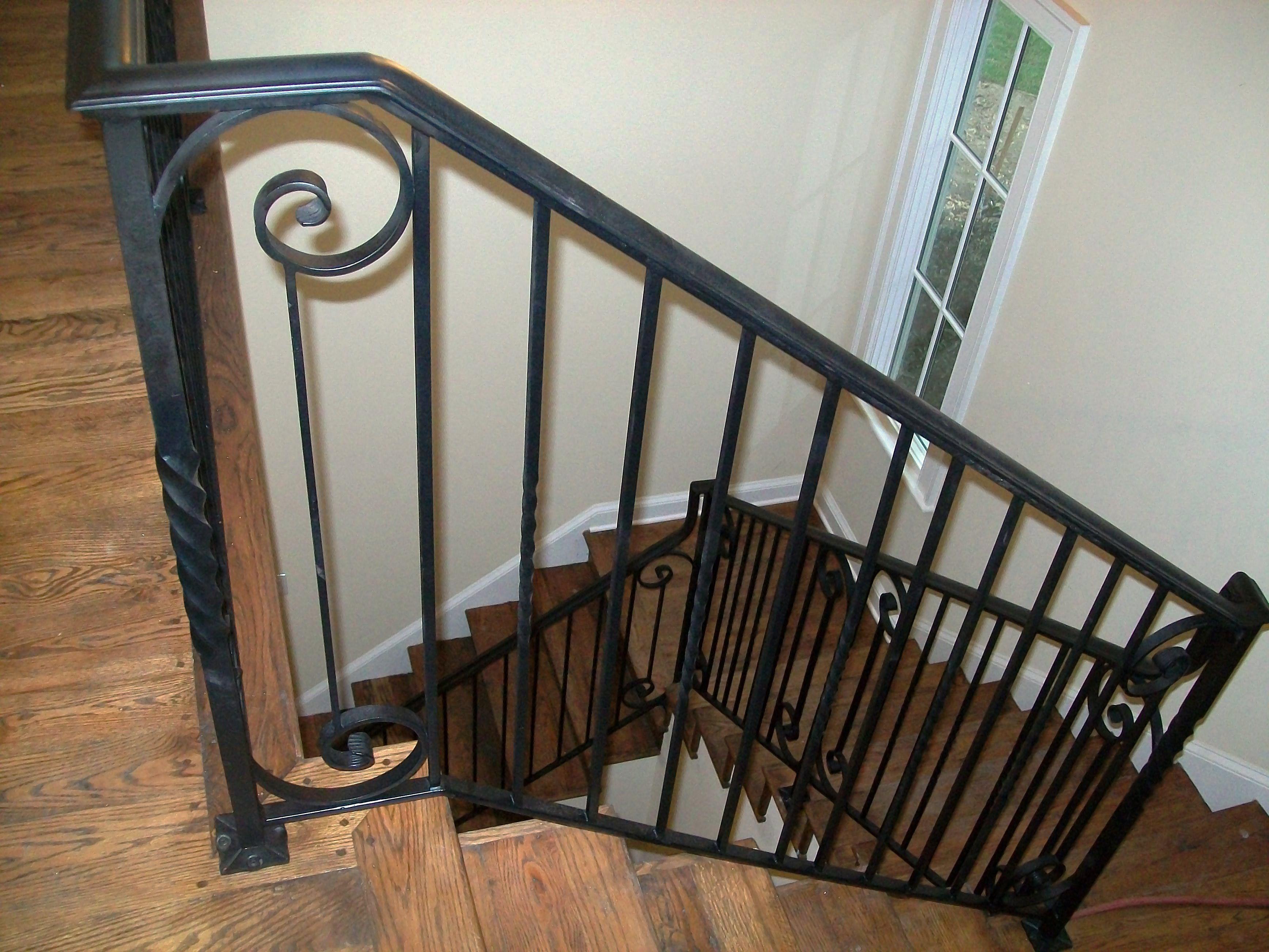 wrought iron staircase railing
