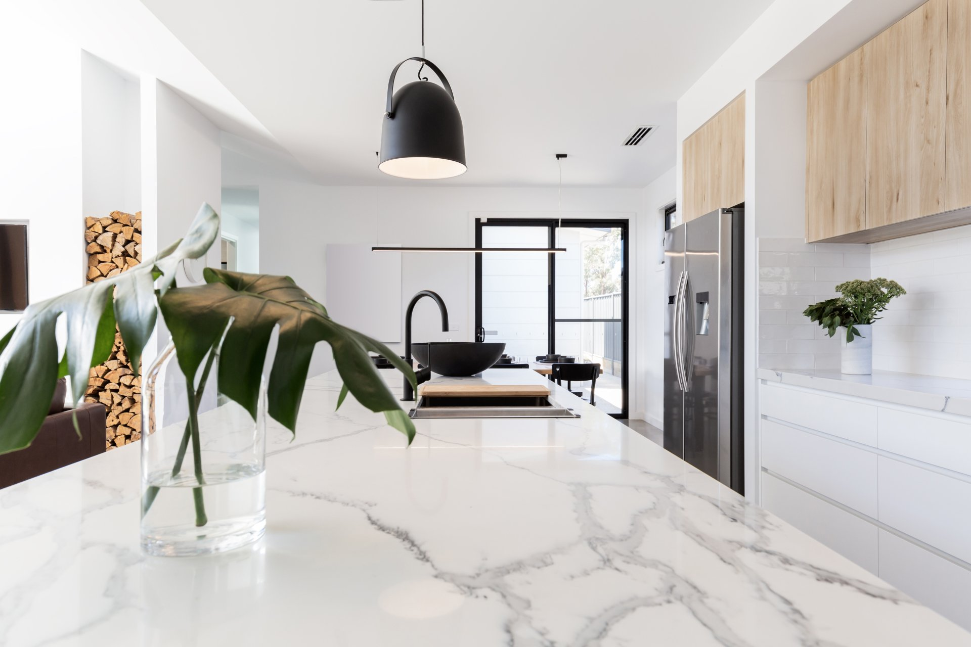 How To Buy The Right Stone Benchtops Sydney