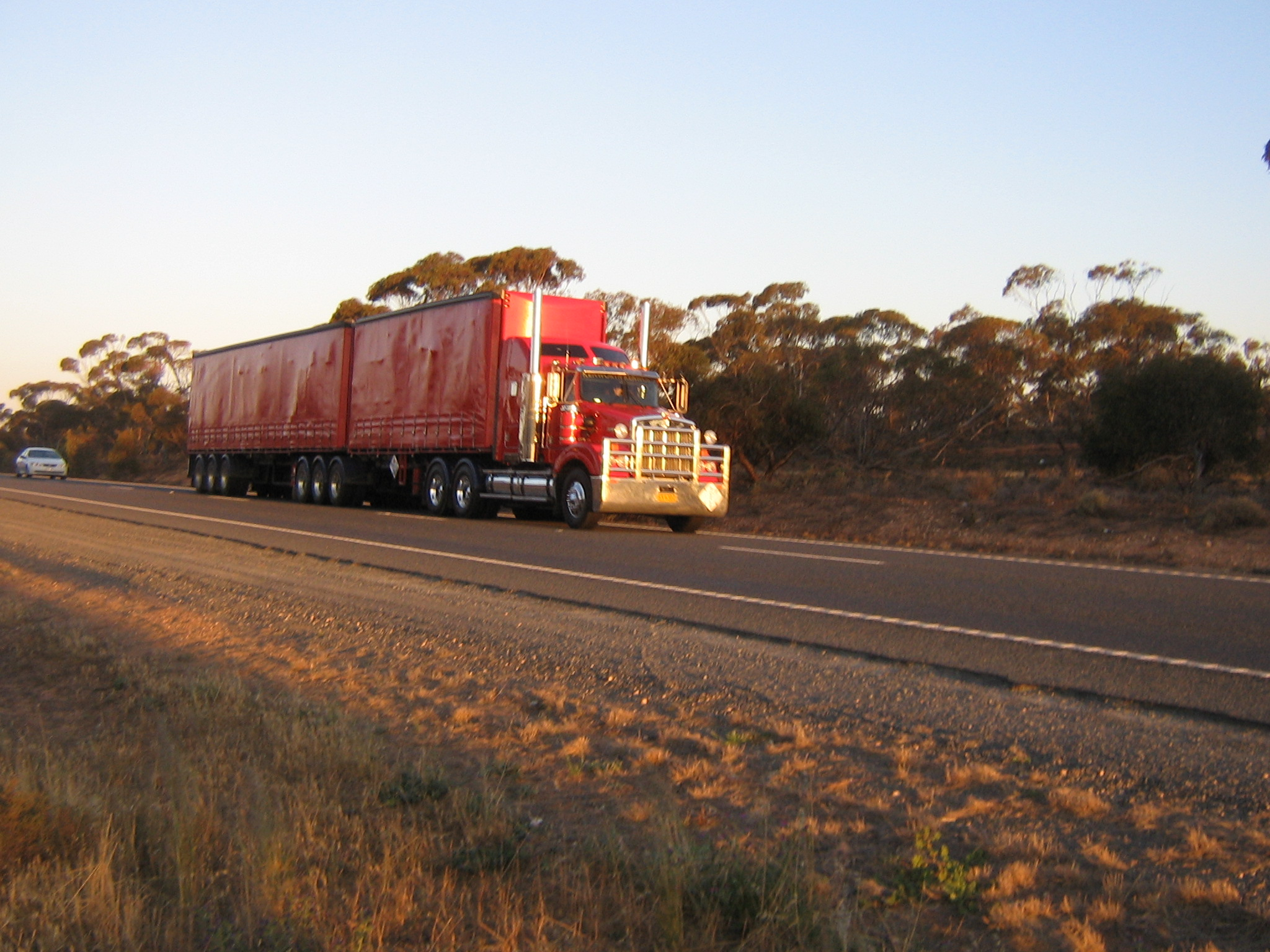 Book A Truck Driving Class Now To Get Your Truck Licence!