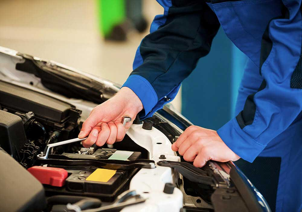 How To Use The Full Range Of Services Provided By Skilled BMW Mechanics In Wauchope