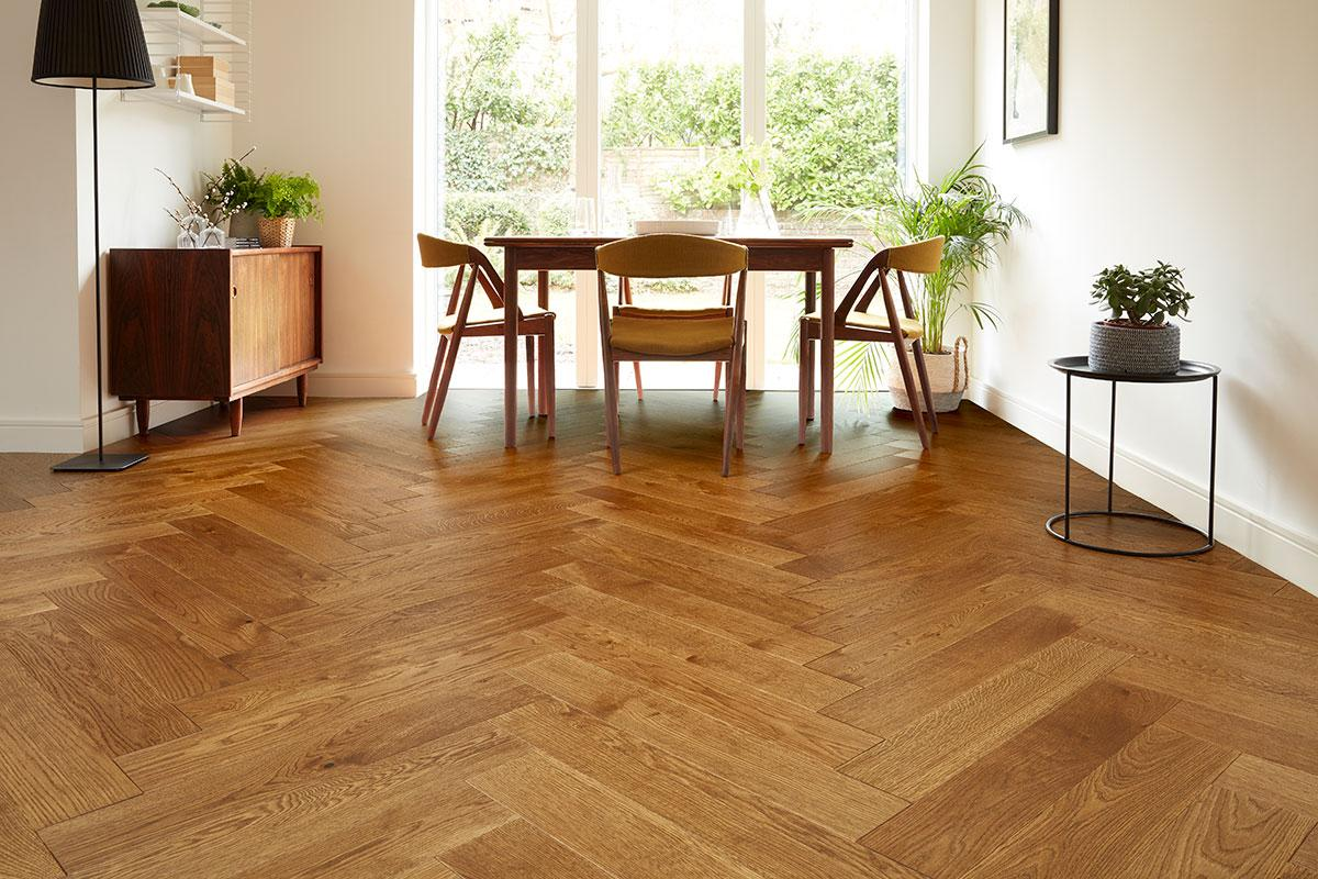 5 Features Of Oak That Make It Useful In Flooring